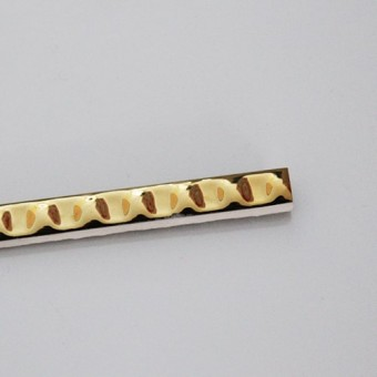 Изображение Фриз пальчик 20*1,1см золото рельеф