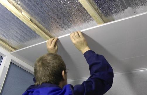 Простота монтажа - однозначное преимущество при выборе отделки для стен