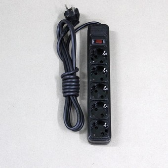 Изображение Фильтр компьют. черный 1,5 м 5 розеток KRET купить в procom.ua