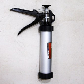 Изображение Шприц алюминиевый выдавливающий Мастер 400мл 12-050